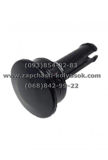 Втулка-кнопка к колесам колясок Adbor черная. Модель 5