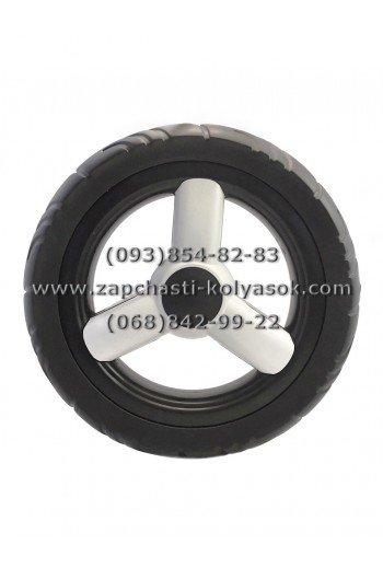 Колесо на псевдорезине без подшипника 12 дюймов черное с белой накладкой